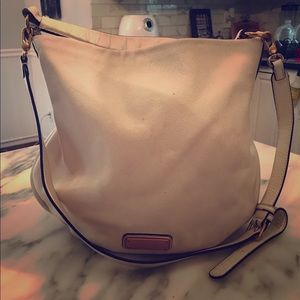 Marc Jacobs hobo bag in off white